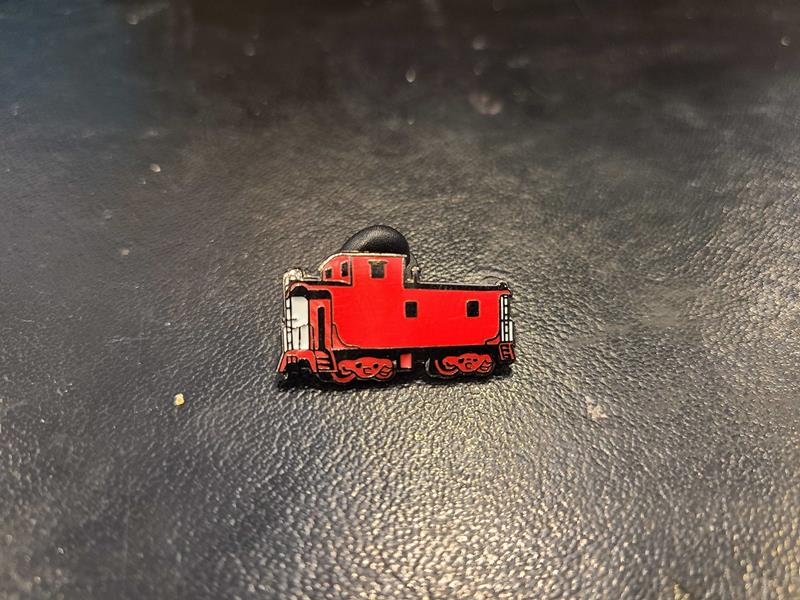 Red Caboose Pin,CABS