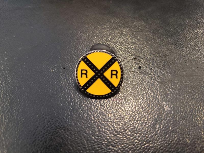 Railroad Crossing Pin,RRXR