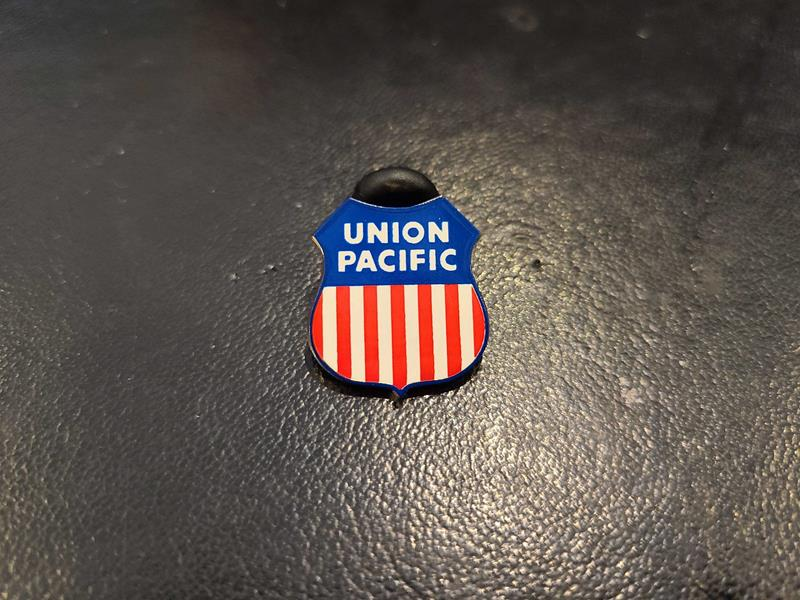 Union Pacific Pin,UPH